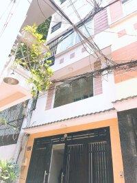 Trần Bình Trọng, Quận 5 nhà HXH ( 4x14,5m), 2 lầu, Giá 9,5 tỷ.