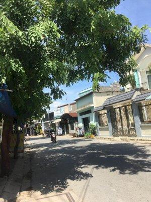 Cho thuê nhà mặt tiền Trần Thị Hè 4x24m , 1 lầu , giá 10 triệu