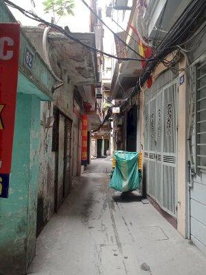Bán nhà 3 tầng Nguyễn Lương Bằng 29m2, ngõ ba gác, nhỉnh 2 tỷ
