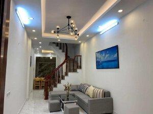 Cần bán căn nhà Trần Hoà), Hoàng Mai, diện tích 50m2, 4 t, 3.5m, 3.75 tyr