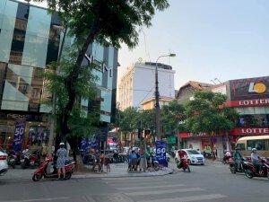 Nhà đẹp Nguyễn Sơn, lô góc, gara, 56m, 5 tầng, MT 4.6m
