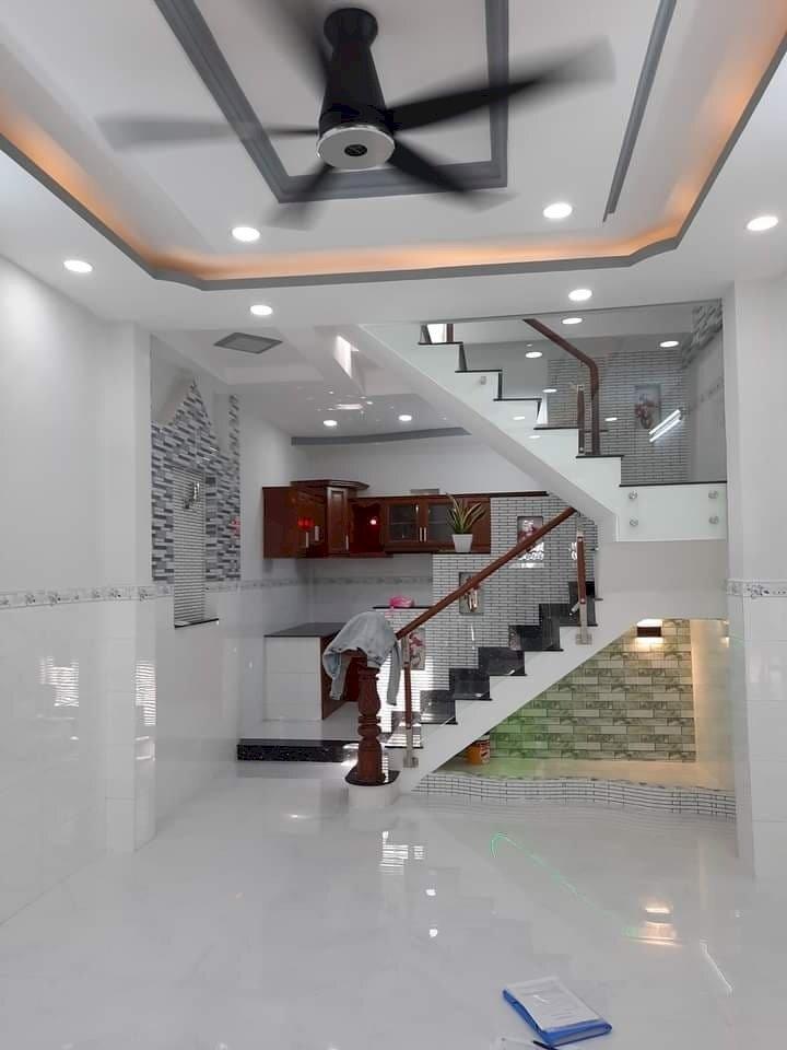 Kẹt tiền bán GẤP nhà HXH Bùi Tư Toàn 4x16, 4 tầng, 5PN, 2p đến Aeon, BXMT. chỉ 5.3 tỷ