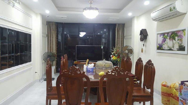 Bán 8 nhà phố Nguyễn Chí Thanh, giá từ 5 tỷ