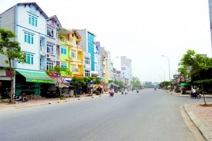 Đất mặt phố Cổ Bi kinh doanh Sầm uất DT 97,5 m2