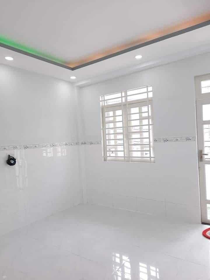 Nhà đẹp lô góc HXH Gò Dầu,30m2,(4x7.5) xách vali ở ngay. Giá sale 2.7 tỷ